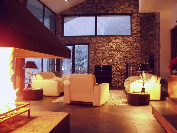 Wohnzimmer Einrichten Tapete : Fliesen Naturstein f?r Wohnzimmer, Wohnzimmerfliesen